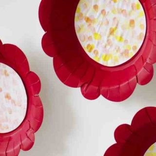 paper plate & fingerprint spring flower craft feature