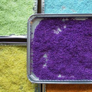 how to color rice for sensory play 2