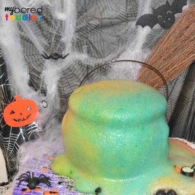 Halloween fizzing cauldron image 5