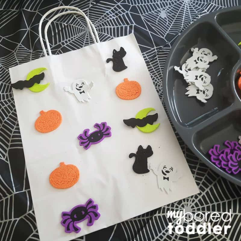 halloween trick or treat foam sticker bag for toddlers step 2