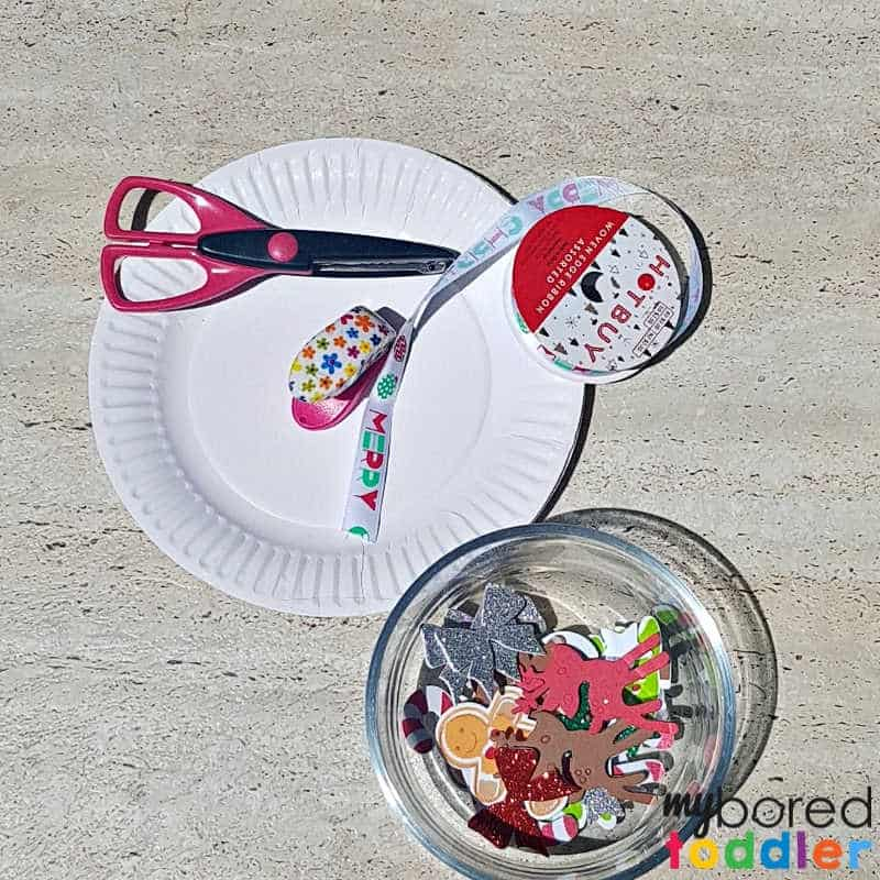 easy sticker christmas wreath for toddlers what you need
