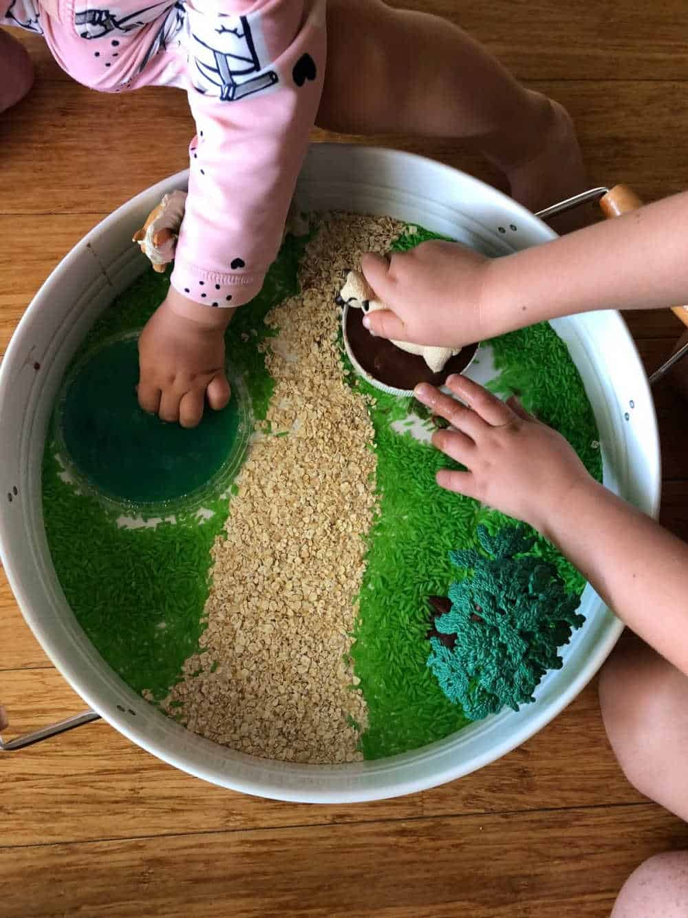 how to play with the farm sensory bin 3