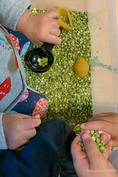 Jumbo pasta spring sensory bin for toddlers image 5