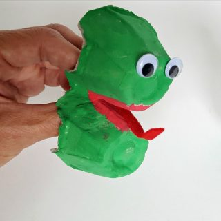 Frog Finger Puppet - Egg Carton Craft